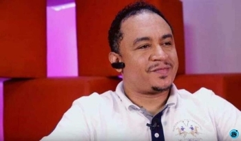 """""""FBI should dare me"""" – Daddy Freeze slams those questioning his association with Hushpuppi (Video)"""